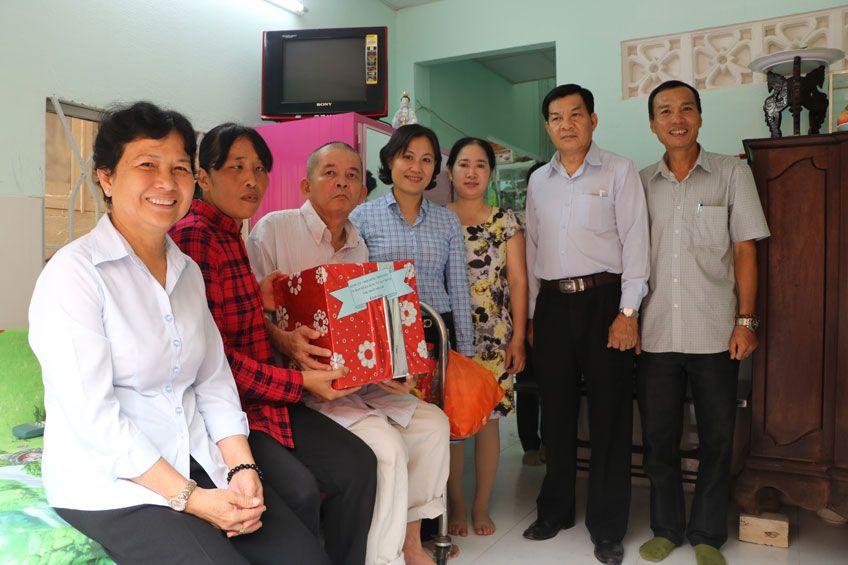 Công ty Cổ phần KCN Hiệp Phước trao nhà tình thương tại Thị trấn Nhà Bè