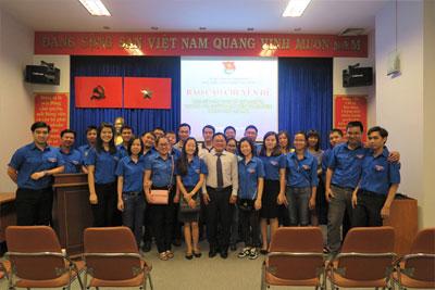 Chương trình giao lưu và nghe báo cáo chuyên đề nhân kỷ niệm 86 năm ngày thành lập đoàn TNCS Hồ Chí Minh (26/3/1931 – 26/3/2017)