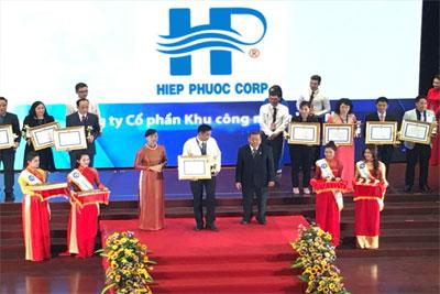 Công ty CP KCN Hiệp Phước vinh dự đón danh huy hiệu Doanh nghiệp TP Hồ Chí Minh tiêu biểu 2016